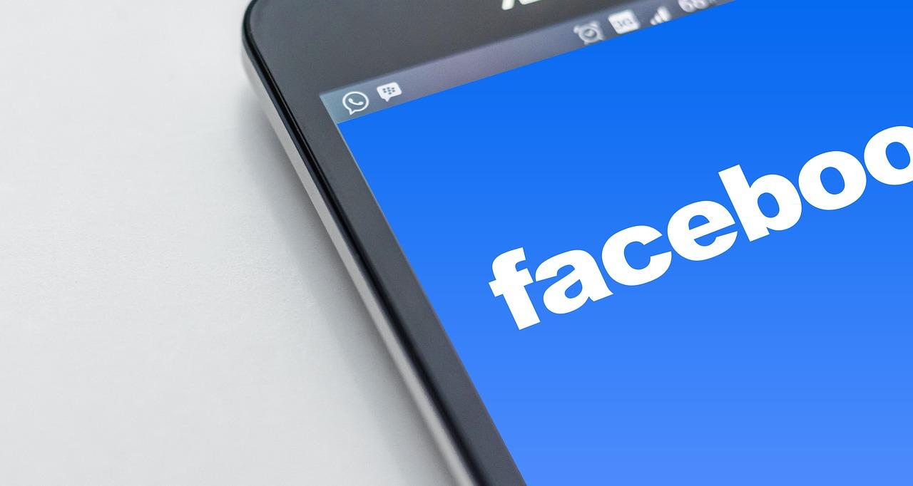 Facebook će vas od sada upozoriavati na stranice koje neprestano dele lažne vesti